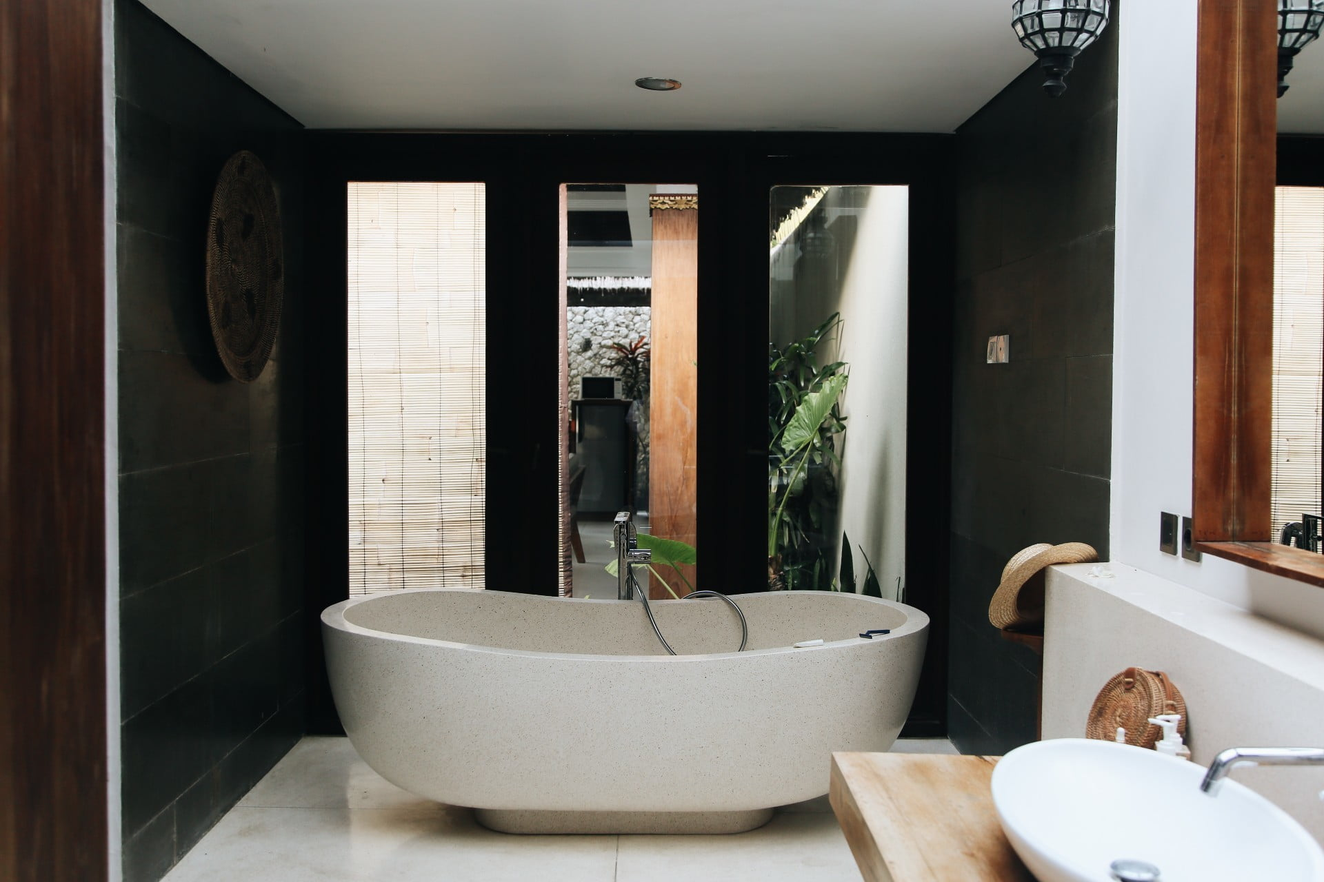 The latest bathroom trends you need to know about | 21Oak