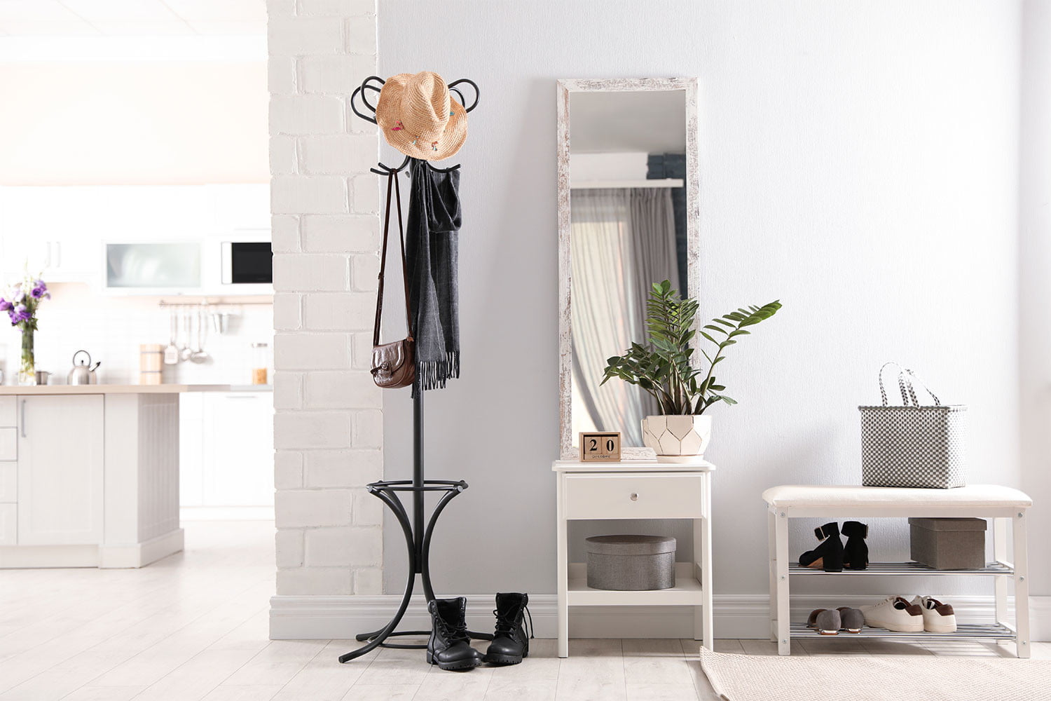 Amazing storage solutions for your small entryway | 21Oak