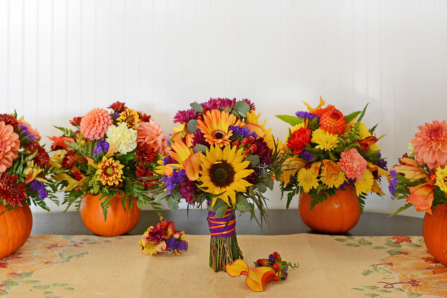5 gorgeous centerpiece ideas for your fall gathering   21Oak