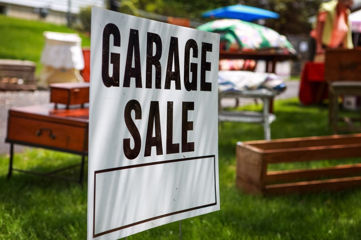 Be sure to get rid of these 8 items in your fall garage sale | 21Oak