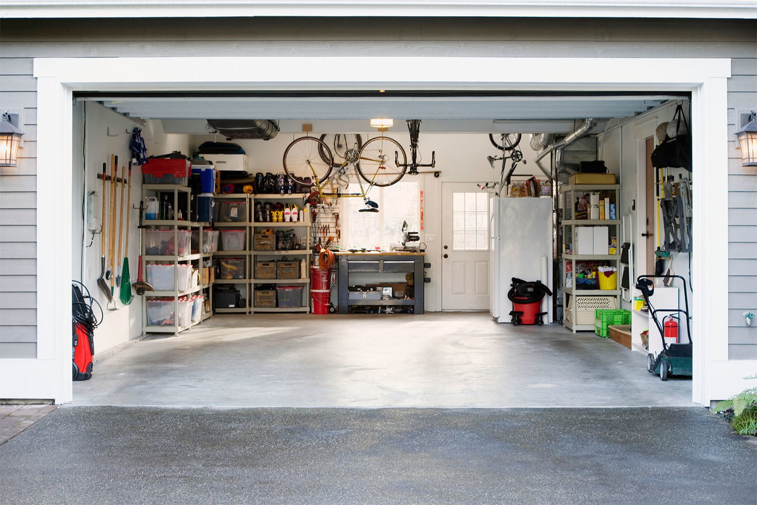 Storage 101: How to keep everything in your garage organized | 21Oak