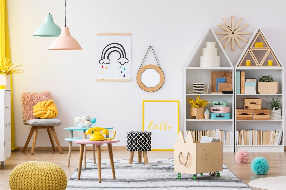 How to keep your playroom closet in check and teach your kids to do the same | 21Oak
