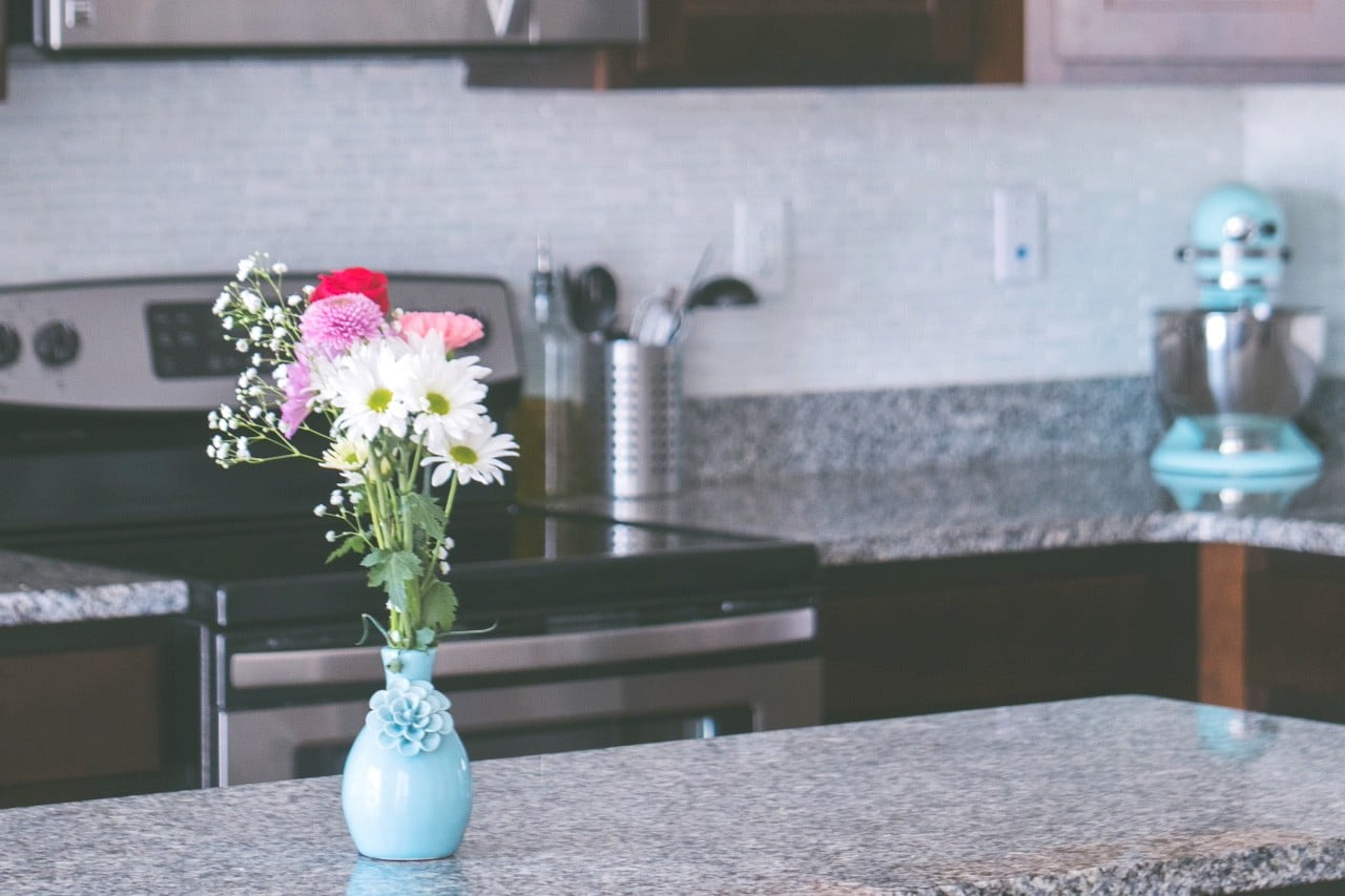 How to Fix Laminate Countertops Without Calling a Professional | 21Oak