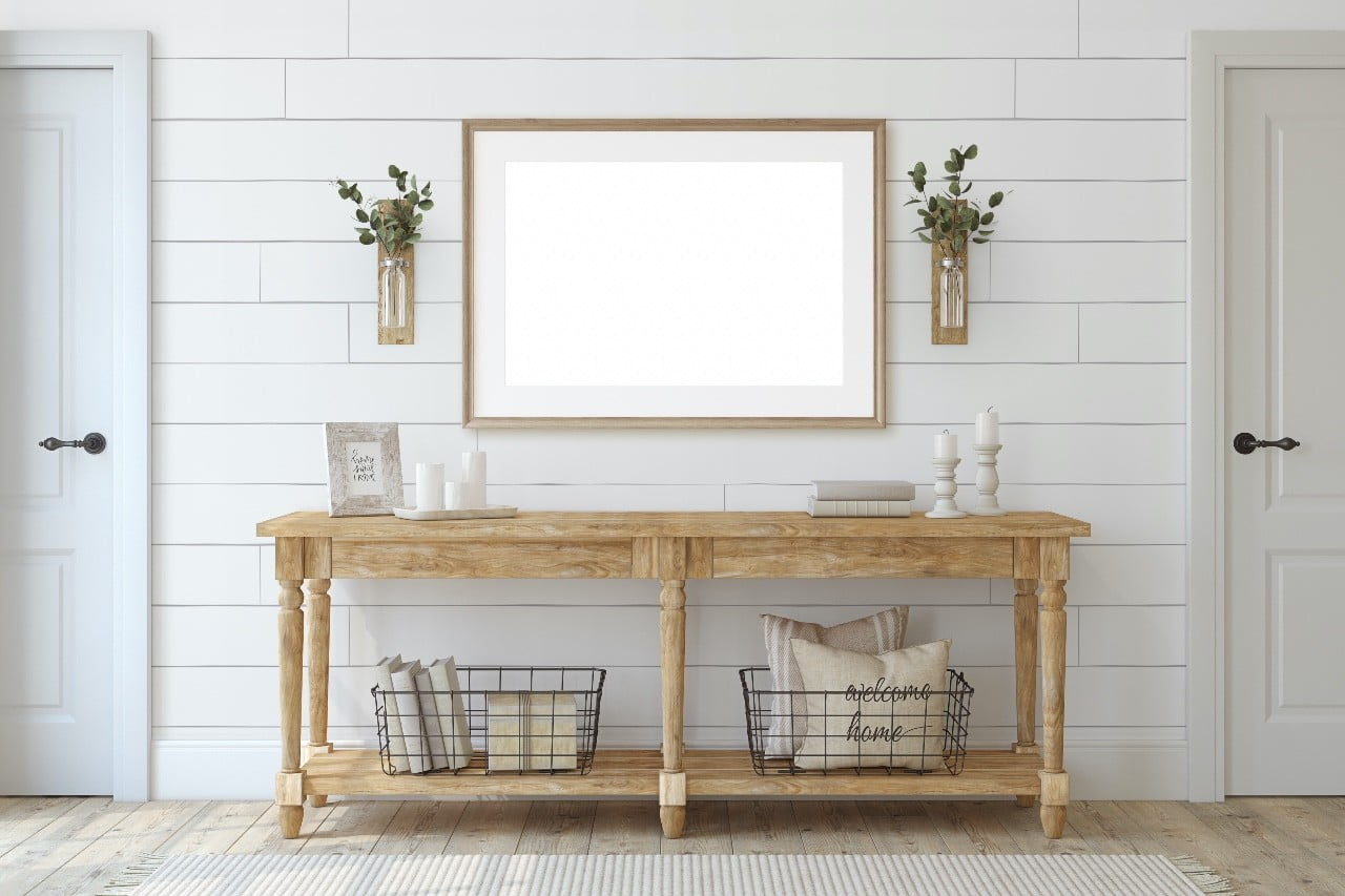 Entryway with bench and mirror
