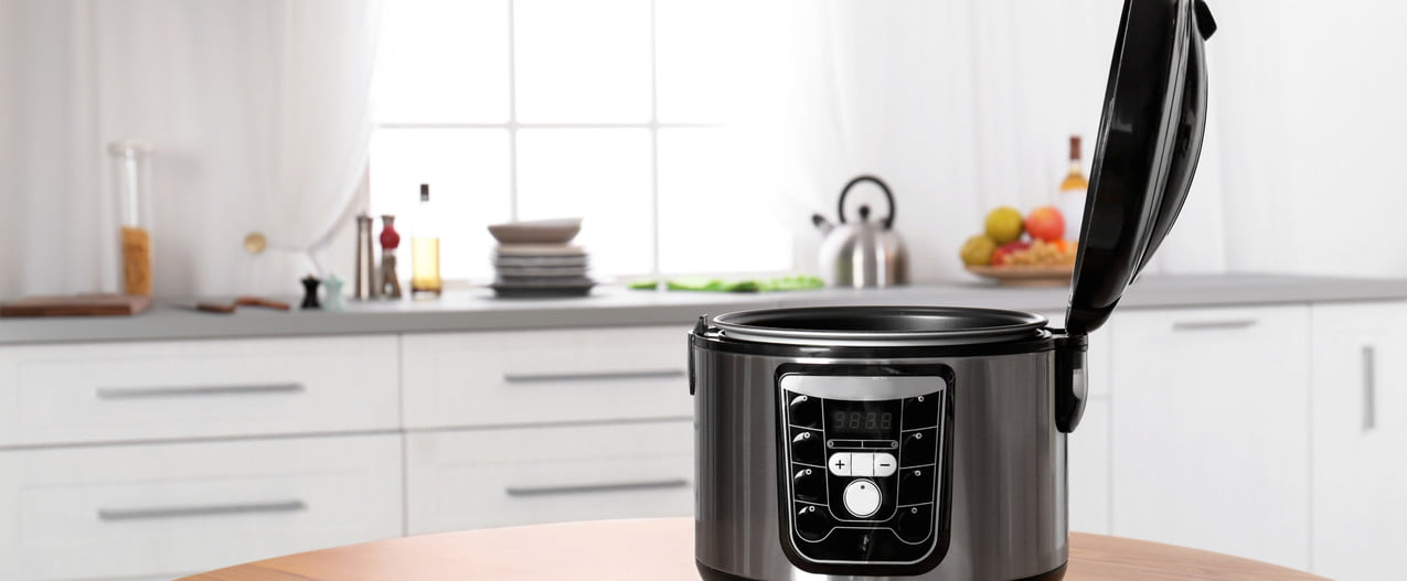 slowcooker crock pot difference instantpot table