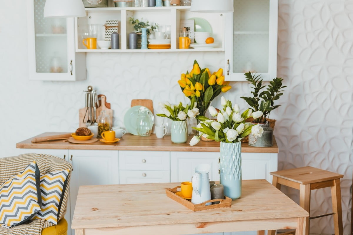 Refresh your living room with these simple spring DIYs | 21Oak