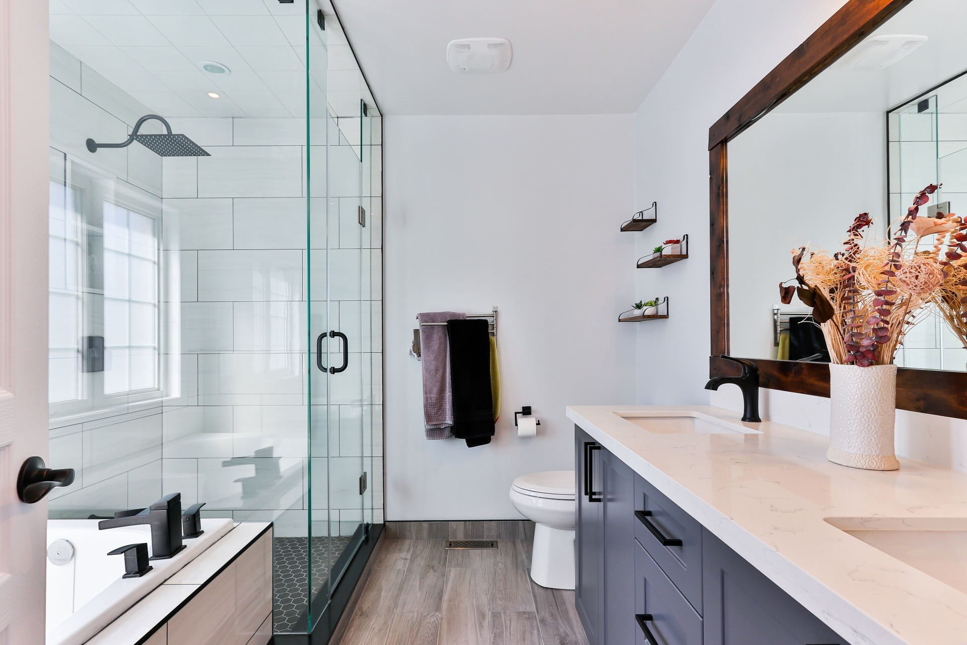How to Clean Your Gross Bathroom in 20 Minutes Flat | 21Oak