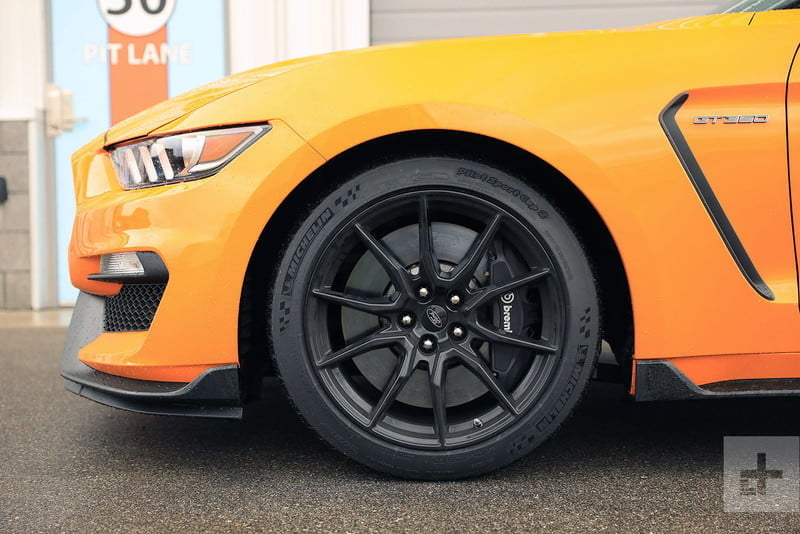revision ford mustang shelby gt350 2019 review 6 800x534 c