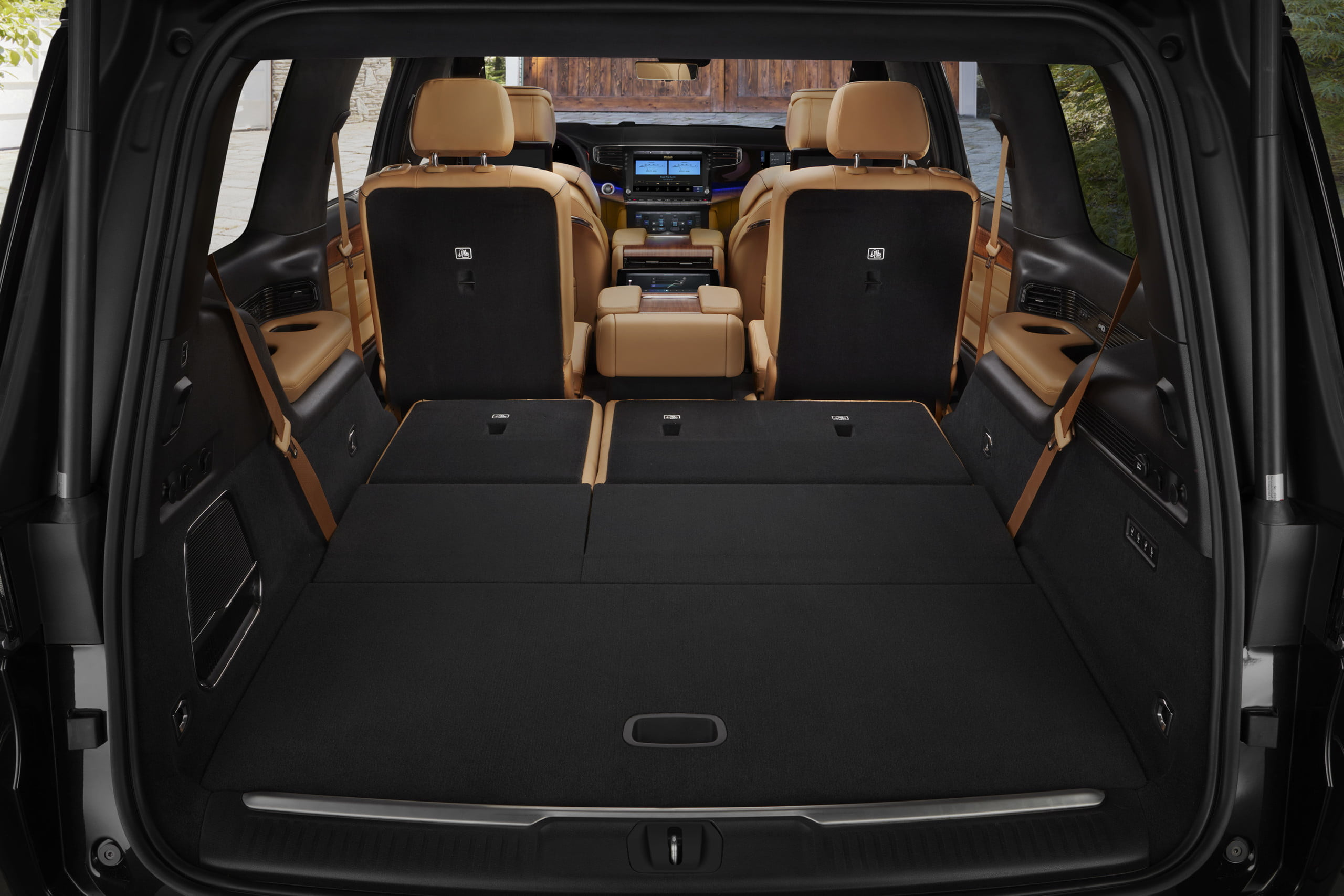 2022 Grand Wagoneer cargo space behind second row