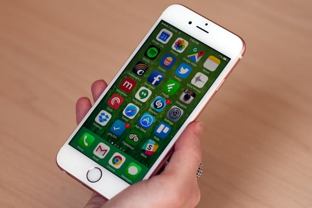google pago mil millones a apple iphone 6s 7855 640x0