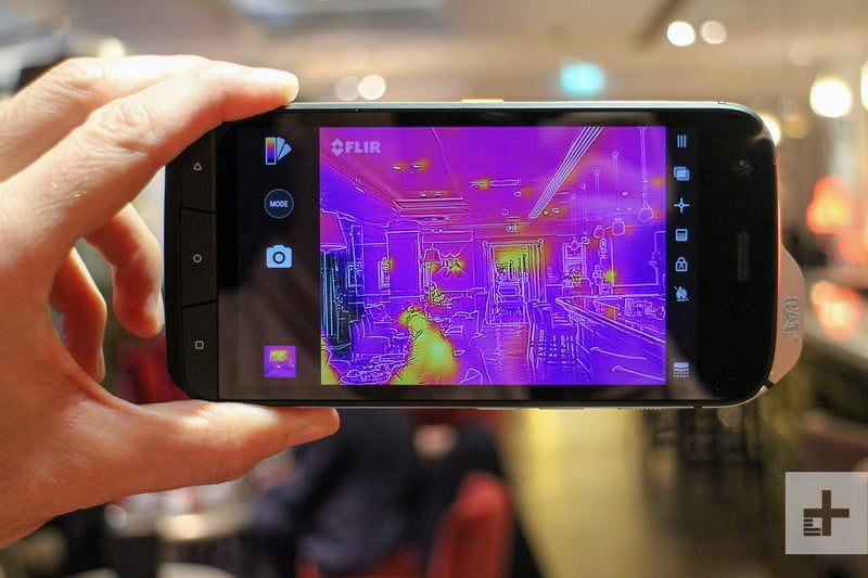 cat s61 android mwc viewfinder 800x533 c
