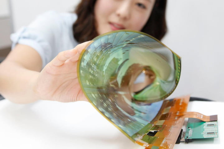 investigadores crean pantalla oled wearable y textil lg rollable display flexible 2 1200x0