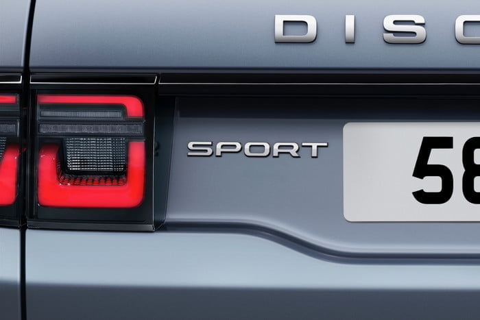 land rover discovery sport 2020 lrds20mydetails44210519004 700x467 c