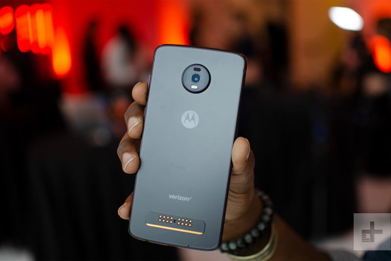 revision moto z4 hands on 13 800x534 c