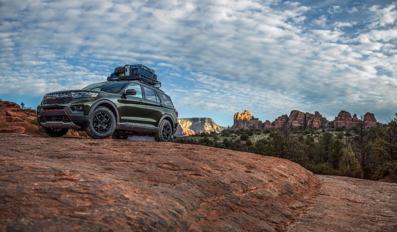 2021 Ford Explorer Timberline con equipaje