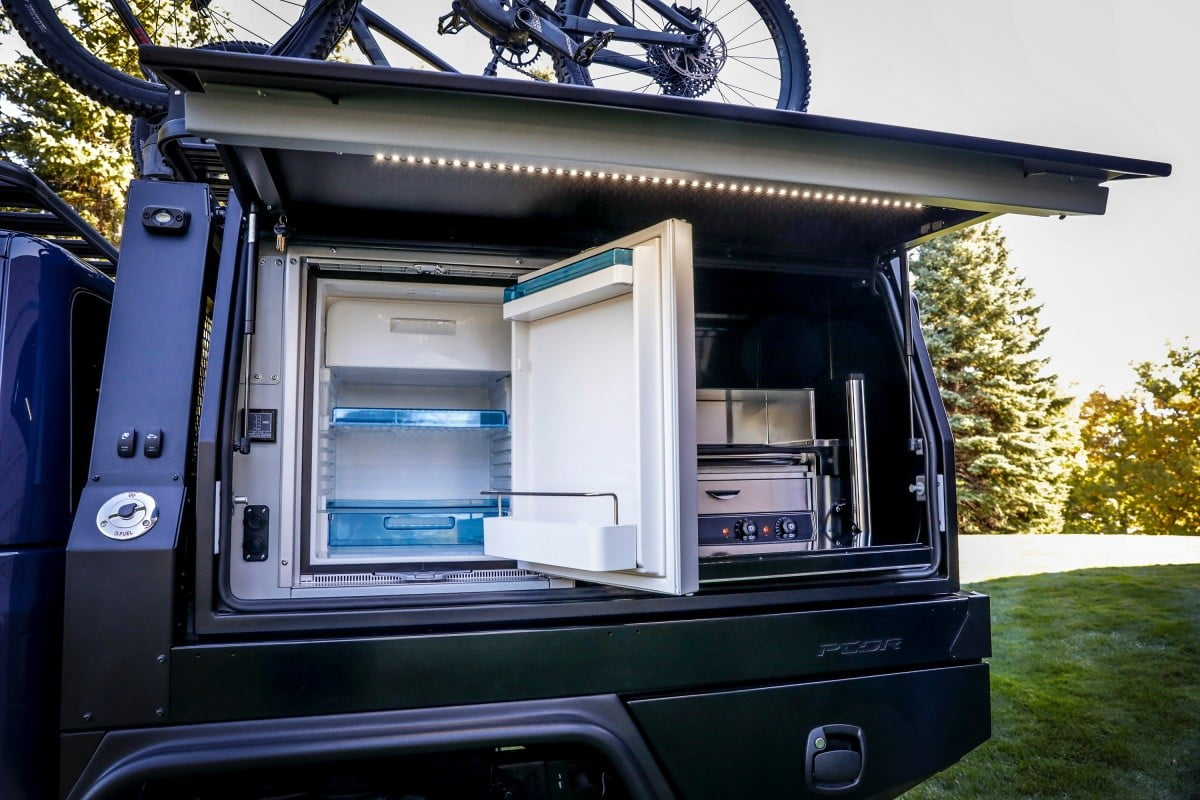 mopar creo jeep bicicletas montana on the driver  s side of pcor storage system to