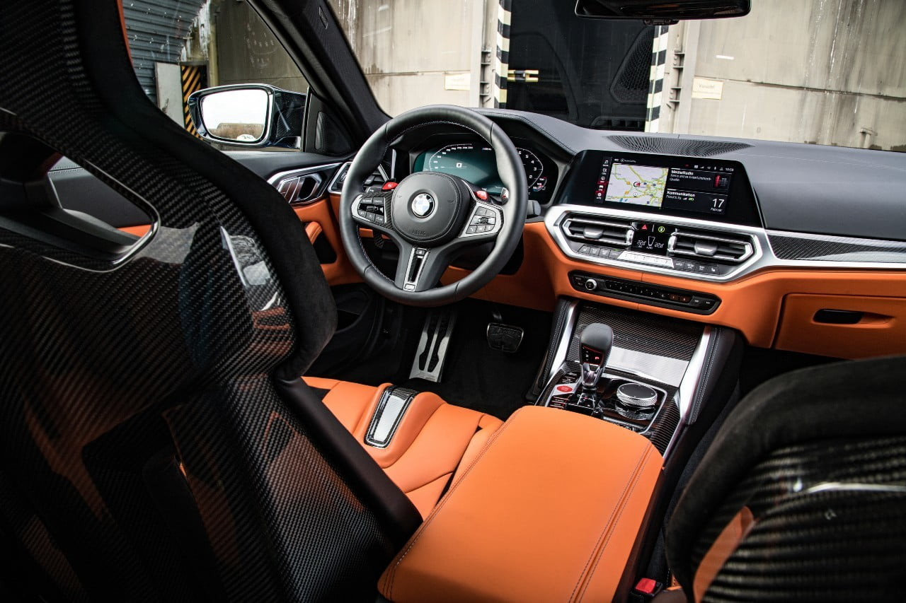 interior BMW M4 competition
