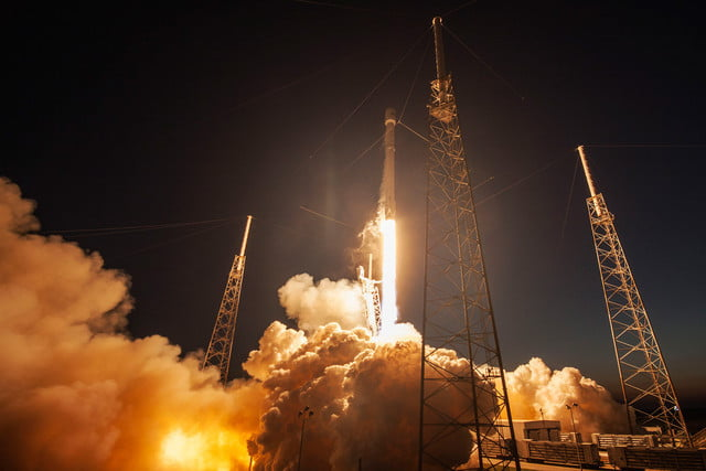 space x video aterrizaje spacex ses 9 launch 640x0
