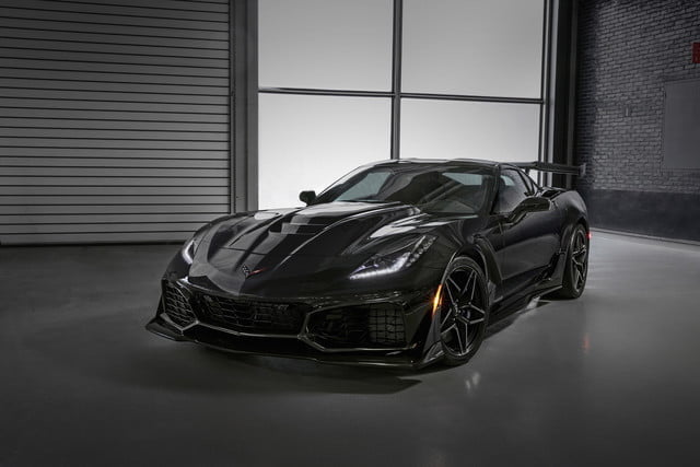 subasta ford gt chevy zr1 the fastest most powerful production corvette ever 755 horsepower 2019 640x0
