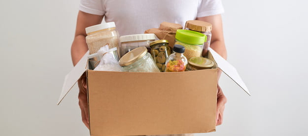 food waste apps solutions volunteer with box of for poor  donation concept