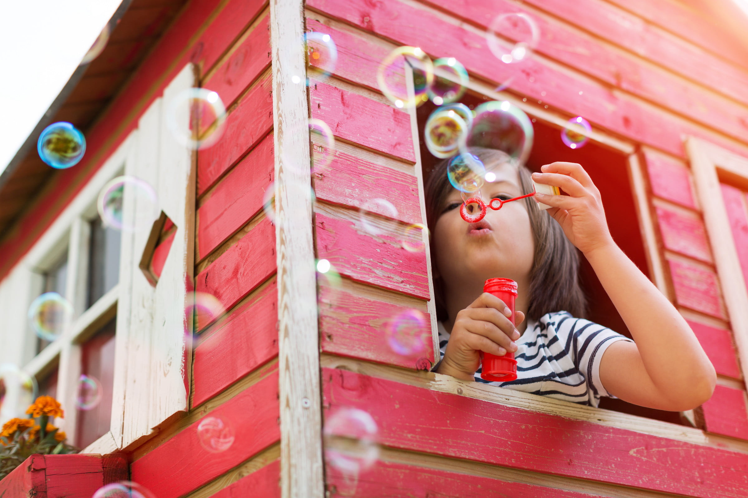 Good, better, best: Backyard playhouses your 7-year-old will love   NewFolks