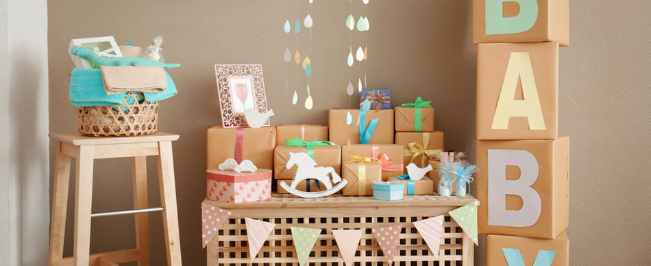 decoratins for a couples baby shower