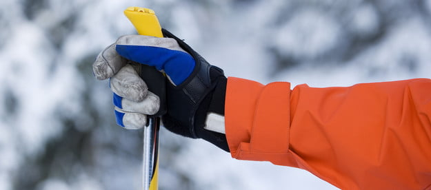 gloves while skiing