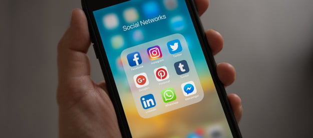 iphone social networks app